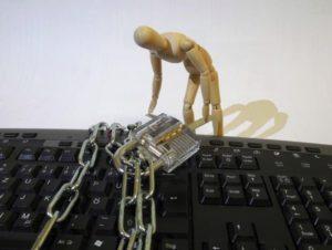 Cómo bloquear automáticamente su PC con Windows usando Dynamic Lock